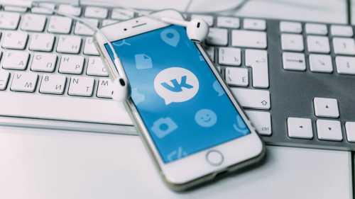 facebook: социальные сети негативно влияют на демократию
