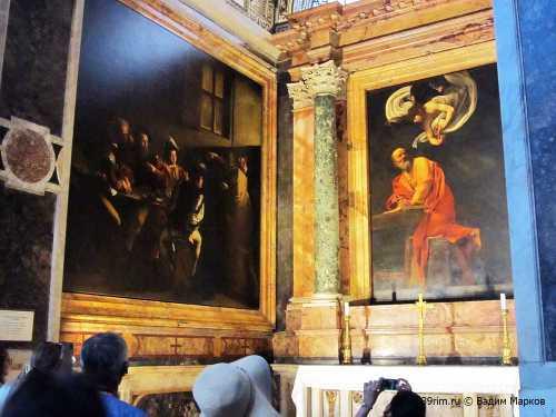 картины мехди  на выставке берегиня  20 июня